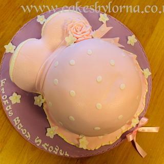 Baby Bump Baby Shower Cake