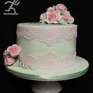 Edible Lace & Roses for 70th Birthday
