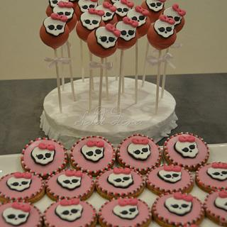 monster high cookies and cake pops
