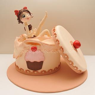 Cupcake Box Cake