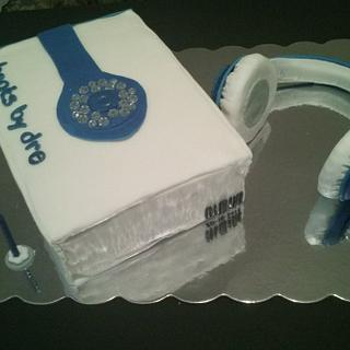 beats by dr. dre headphone cake - Cake by Shylonda Waters