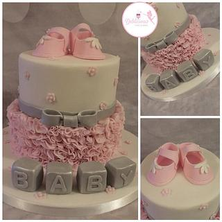 Pretty baby shower cake