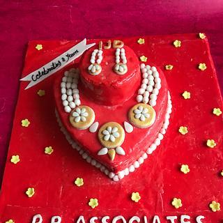 Jewellery theme cake