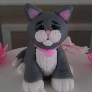 Fondant Cat Figure - Cake by BellaCakes & Confections