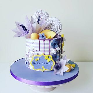 Violet-yellow cake