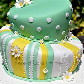 Daisy Wonky Cake - Cake by pieceofcakewitney
