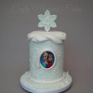 Frozen snow drift - Cake by CraftyMummysCakes (Tracy-Anne)