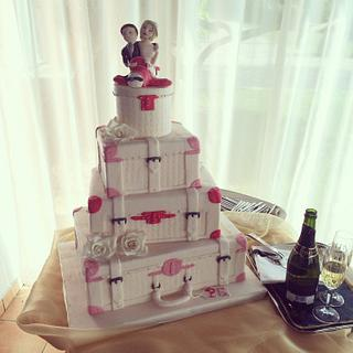 Wedding Cake bags and beauty 😄