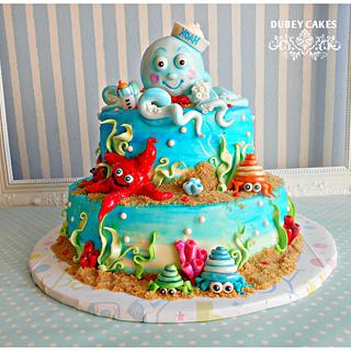 Noah is coming soon <3 <3  - Cake by Bethann Dubey