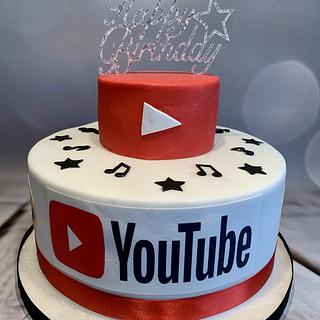 Katy's YouTube cake for her 14th birthday