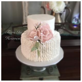 Ruffle wedding cake - Cake by Edible Sugar Art