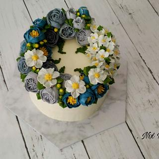 Vintage Floral Buttercream - Cake by Nikita Mahmood