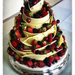 White Chocolate and Fresh Berries Wedding Cake
