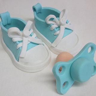 Gumpaste baby booties and pacifier