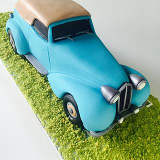 Vintage car cake.