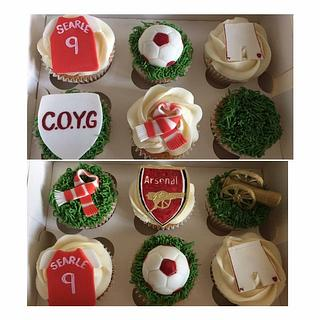 Arsenal football cupcakes