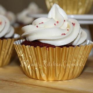 Very American Red Velvet Cupcakes