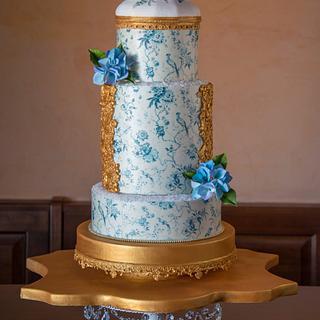 Moody Blues - Cake by Veronica Seta