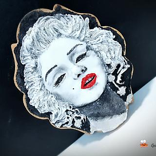 Marilyn versus Madonna