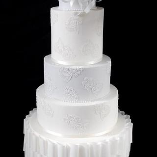Paper & Lace wedding cake