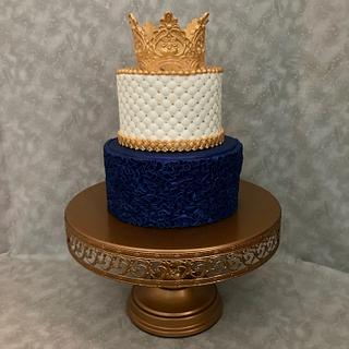 Crown Cake - Cake by Susan Russell