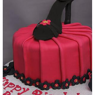 Cake with Pleats
