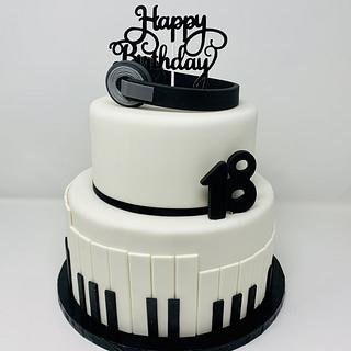 Piano - Cake by IlsognodiAnnette