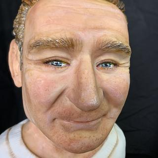 Robin Williams bust cake
