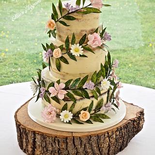 Floral Garland wedding cake