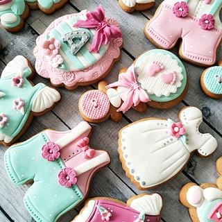 Baby cookies in rose & mint