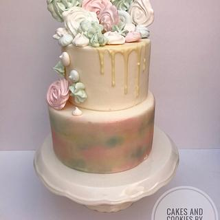 Watercoloure cake with maringues