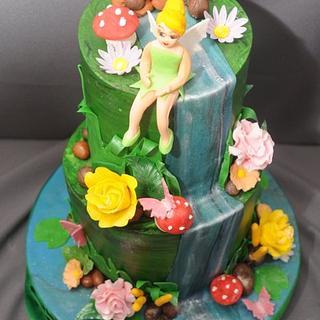 Tinker Bell Topsy Turvy Cake
