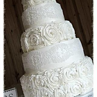 cake lace and rosettes