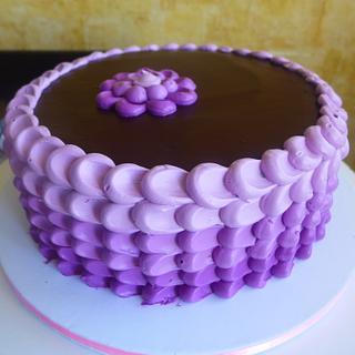 Violet petal cake <3