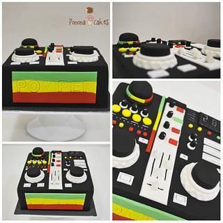 rasta DJ mixing table