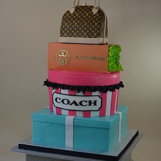 Fashion and handbag cake