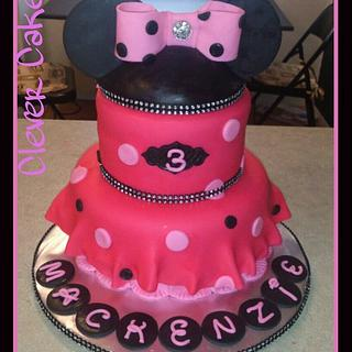 Blingy Minnie Cake