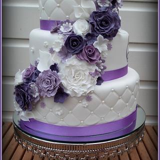 Purple weddingcake - Cake by Sam & Nel's Taarten