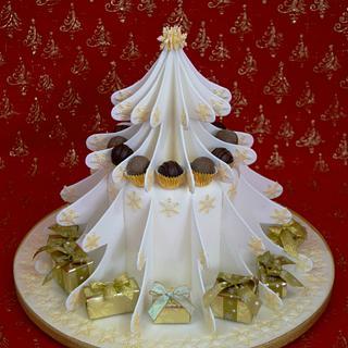 White Christmas - Cake by Mandy's Sugarcraft