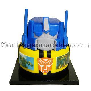2 tier Transformer cake