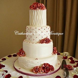 Old charm ribbon roses wedding cake