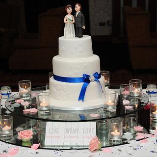 Wedding Cake - Cake by CakekraftDublin