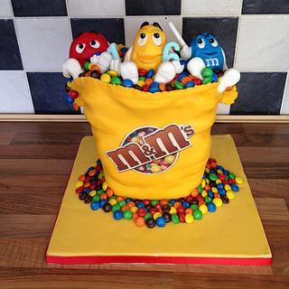 M&m cake  number 2