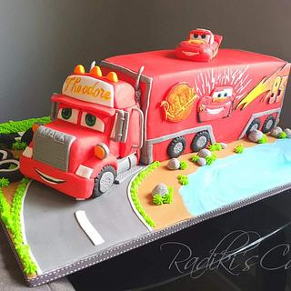 Mack the truck cake  - Cake by Radoslava Kirilova (Radiki's Cakes)