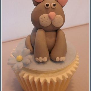 Cute Cat Cupcake