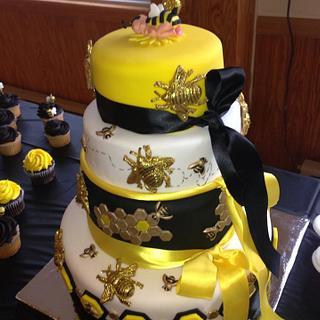 Bee theme cake