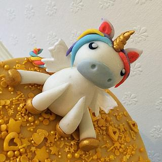 Baby unicorn cake  - Cake by Dawn Wells