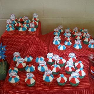 Circus Cupcakes - Cake by Jen