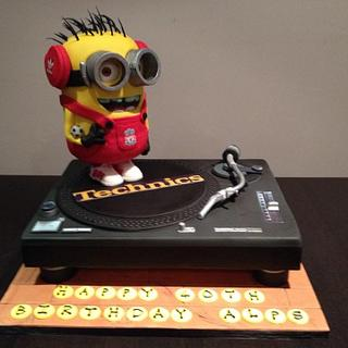 Minion DJ cake and turntable