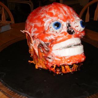 Melting skull - Cake by bekka